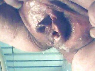 یک سگ ماده مو قرمز فیلم فول سکسی دیک بزرگ را با دهان خود خراب کرد