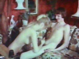 خواستگاری از یک فیلم های سکسی فول اچ دی عاشق سیاه پوست ، دو دختر سفیدپوست پرشور