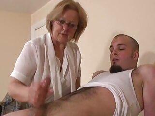 مردی دیک را به الاغ سوپر سکس فول خدمتکار خود هل داد