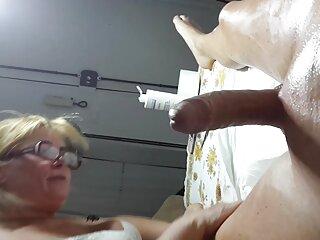ماساژ فراموش نشدنی که توسط یک دختر زرق و برق سایت سکسی اچ دی دار انجام شده است