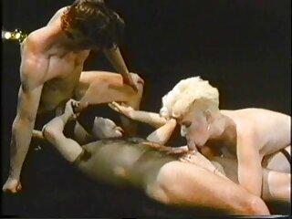 یک روسپی جوان در حال لعنتی کانال فول سکسی اینستاگرام در الاغ است ...