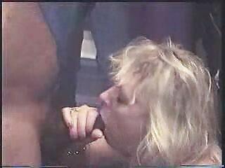 دختر زیبا سکسهای فول اچ دی توسط blowjob از بین رفت