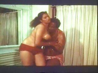 دختر پر زرق و برق لینک کانال فول سکسی و کنده درخت پیر