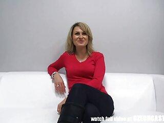 سبزه مردانه سینه های زن فیلم سینمایی فول سکسی بالغ را لیس می زند