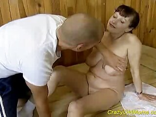 هیولای سرخ عکس های سکسی فول از یک سگ با تجربه جنسی ارگاسم می کند