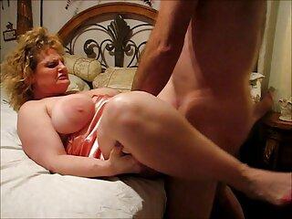 مرد عضلانی دوست دختر خود را به سمت فیلم سکسی فول اچ آلت تناسلی خود کشاند